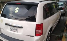 Chrysler Town & Country lx 2010-0