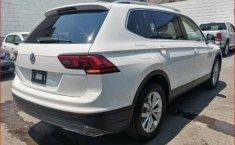 Volkswagen Tiguan impecable-3