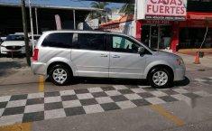 Chrysler Town & Country LX 2012 Plata-4