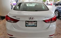 Hyundai Elantra-6
