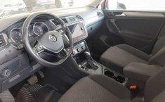 Volkswagen Tiguan 2018 5p confortline L4/1.4/T Aut-3