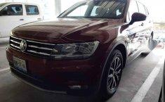 Volkswagen Tiguan 2018 5p confortline L4/1.4/T Aut-1