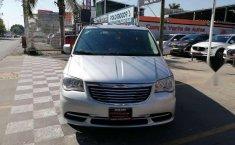Chrysler Town & Country LX 2012 Plata-1