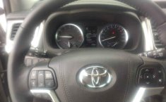 Toyota Highlander-1