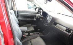 Mitsubishi Outlander-13