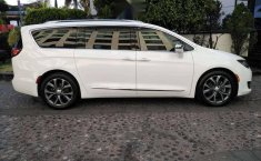 Chrysler pacifica limited platinum 2017-12