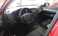 Mitsubishi Outlander-11