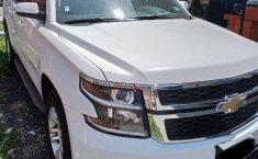 Chevrolet Suburban LT 2016-4