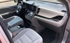 Toyota Sienna 3.5 Xle 2016-7