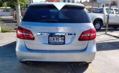 MERCEDES Clase B 180 2014 CGI Exclusive impecable-6