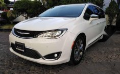 Chrysler pacifica limited platinum 2017-4