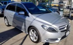 MERCEDES Clase B 180 2014 CGI Exclusive impecable-3