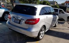 MERCEDES Clase B 180 2014 CGI Exclusive impecable-2