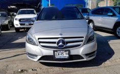 MERCEDES Clase B 180 2014 CGI Exclusive impecable-1