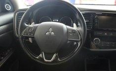 Mitsubishi Outlander-2