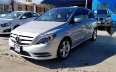 MERCEDES Clase B 180 2014 CGI Exclusive impecable-0