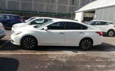 Nissan Altima-4