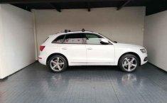 Audi Q5-12