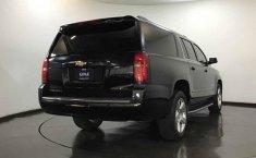 - Chevrolet Suburban 2016 Con Garantía At-7