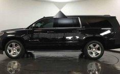- Chevrolet Suburban 2016 Con Garantía At-6