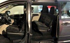 Dodge Grand Caravan-20