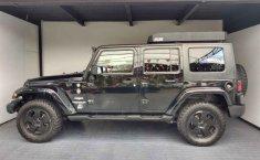 Jeep Wrangler-13