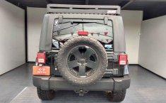 Jeep Wrangler-12