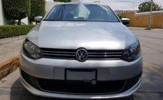 Impecable Volkswagen Vento 2015 Automatico!-12