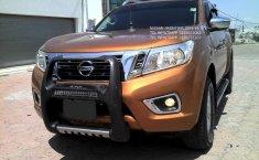 Nissan NP300 Frontier-11