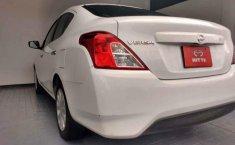 Nissan Versa-8
