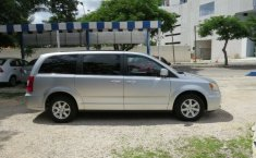 CHRYSLER TOWN & COUNTRY 2012-2