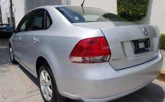 Impecable Volkswagen Vento 2015 Automatico!-11