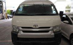 Toyota Hiace-3