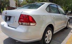 Impecable Volkswagen Vento 2015 Automatico!-8
