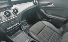 Mercedes CLA 250-1