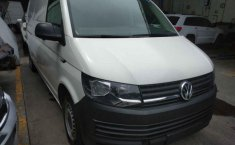 Volkswagen Transporter-2