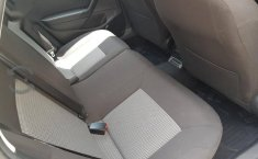 Impecable Volkswagen Vento 2015 Automatico!-5