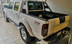 Nissan Frontier Le único dueño-3