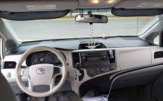 Toyota SIENNA 2014-8