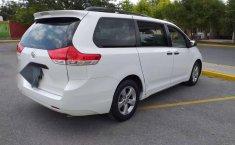 Toyota SIENNA 2014-7