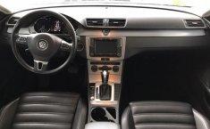 Volkswagen Passat-12