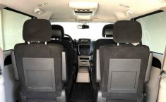 Dodge Grand Caravan-16