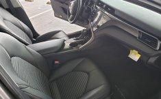Toyota Camry SE 2019 -13