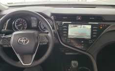 Toyota Camry SE 2019 -15