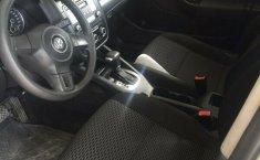 Precioso VW Bora Style 2010-9