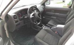 Nissan Frontier Le único dueño-2