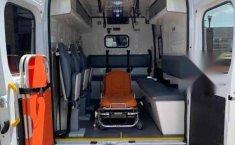 Ambulancia Ram Promaster-8