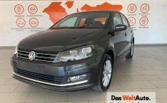 Volkswagen Vento Highline-9