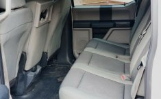 Camioneta Pick Up FORD F-150 OFF ROAD Doble Cabina, Mod. 2017-4