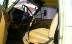 Camion Ford F-600 chasis cabina 1984-5